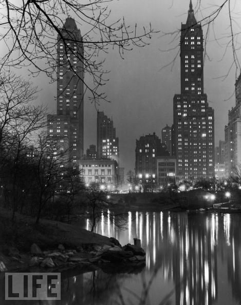 BW Pictures of New York in Its Golden Age  vintage everyday