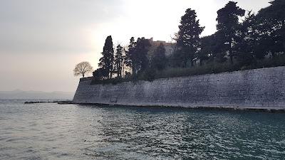 mura sul mare
