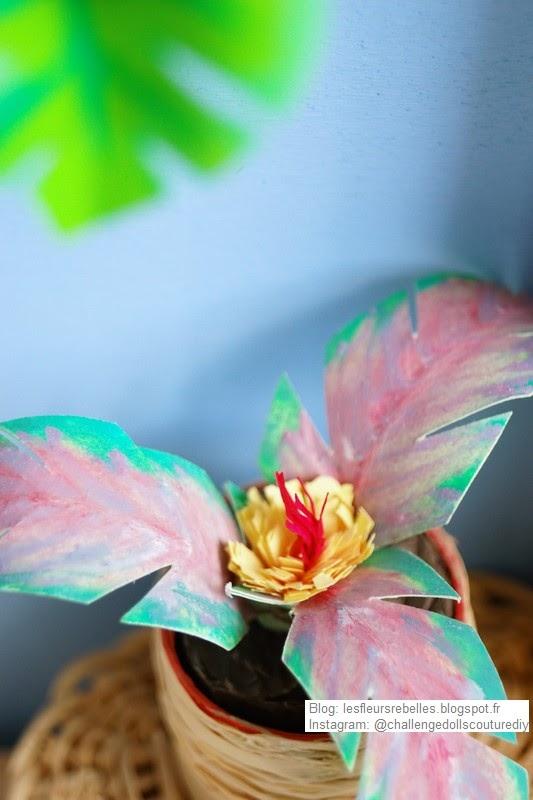 Palmier fleuri en papier