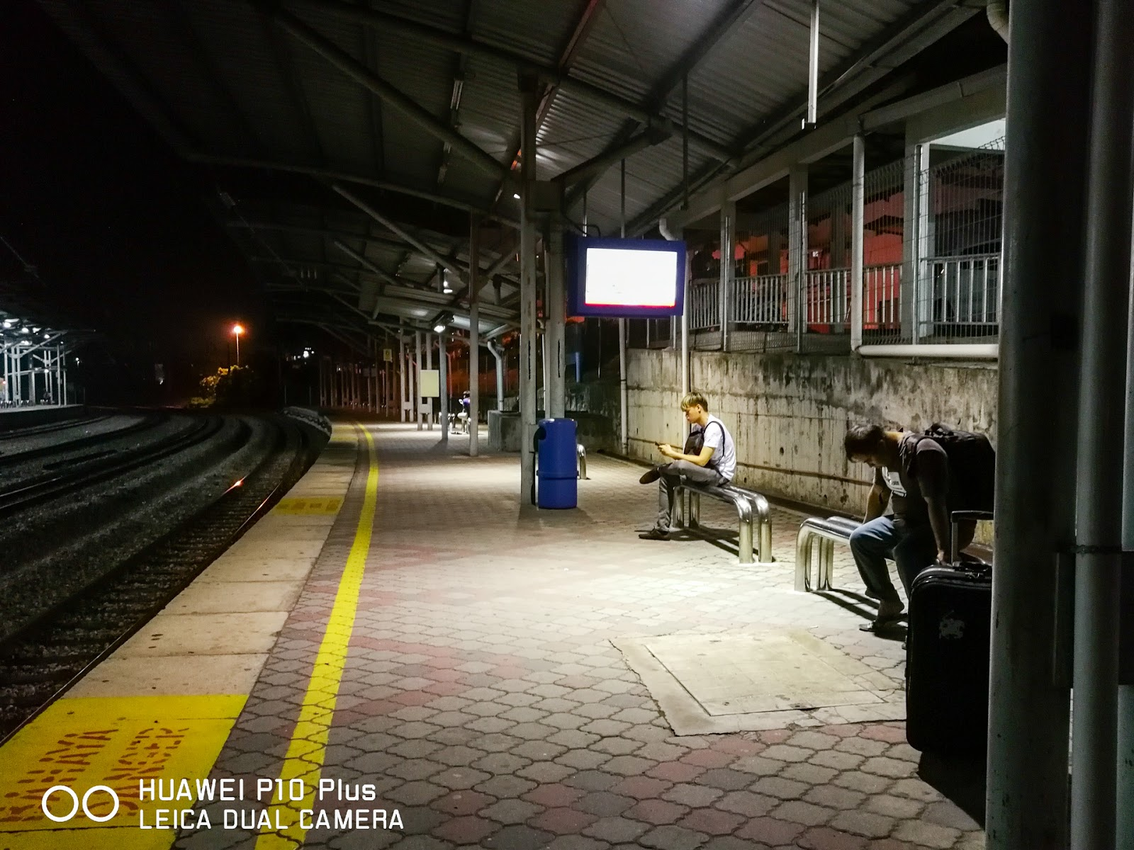 Auto mode Photography with Huawei P10 Plus 11