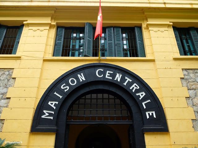maison centrale musee prison vietnam hanoi