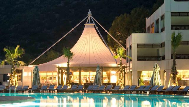 membrane tenda resort