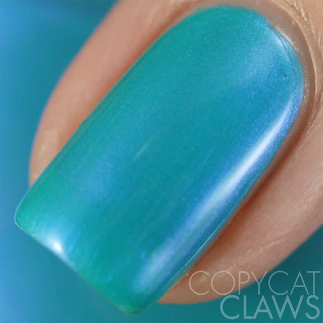 Lacquester CuAl6(PO4)4(OH)8.4H2O Swatch