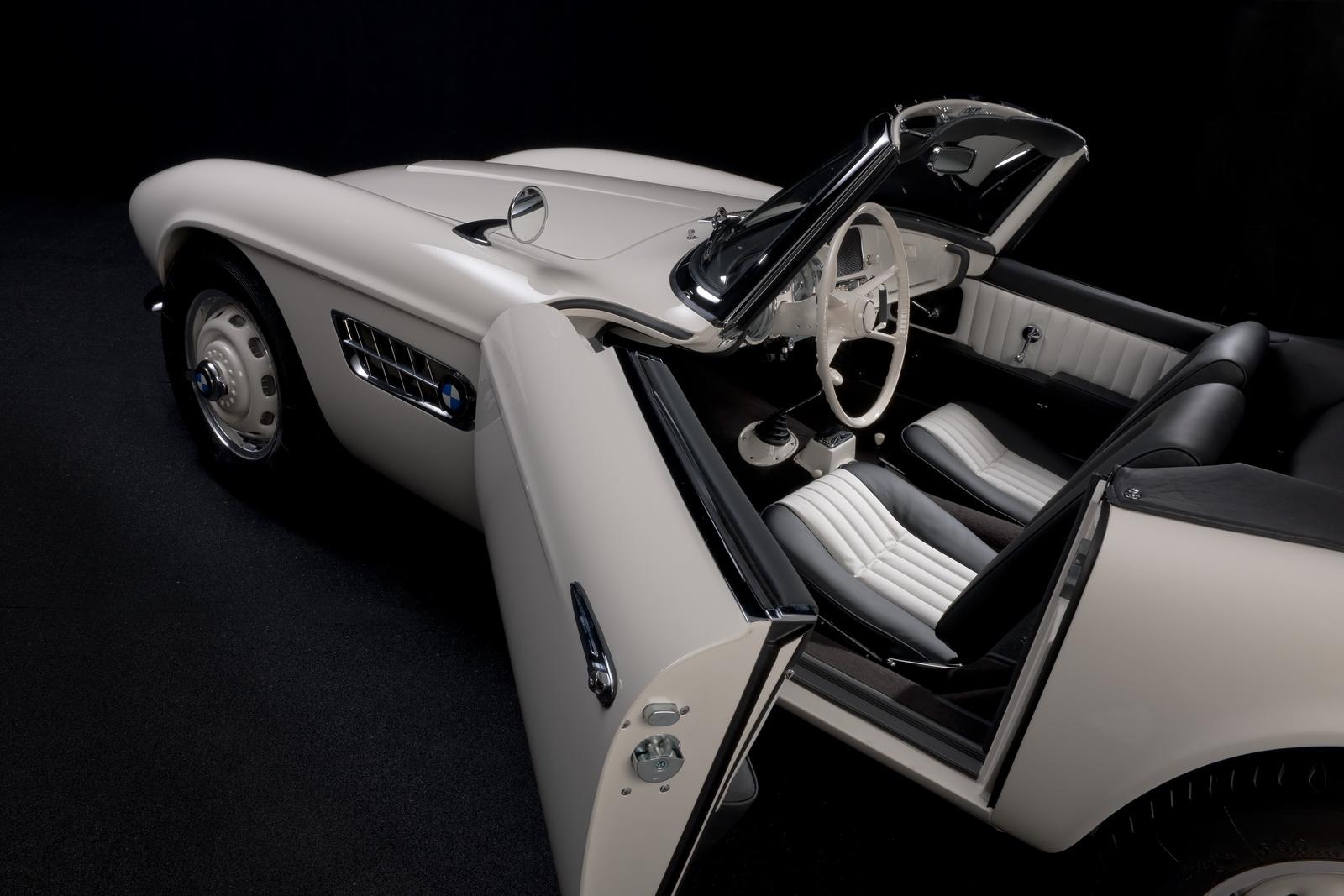 Elvis-BMW507-37.jpg