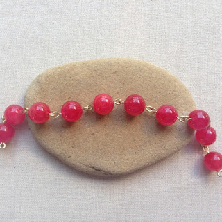 Beaded chain made using the 1-step looper tool: Lisa Yang's Jewelry Blog