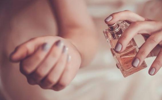 Tips Agar Aroma Parfum Tahan Lama