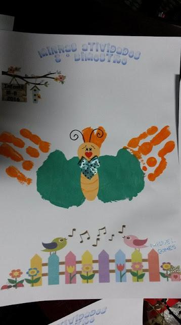 Capas para atividades com borboletas de carimbo de mãos