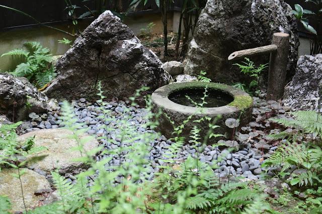 カフェボスコベルの中庭