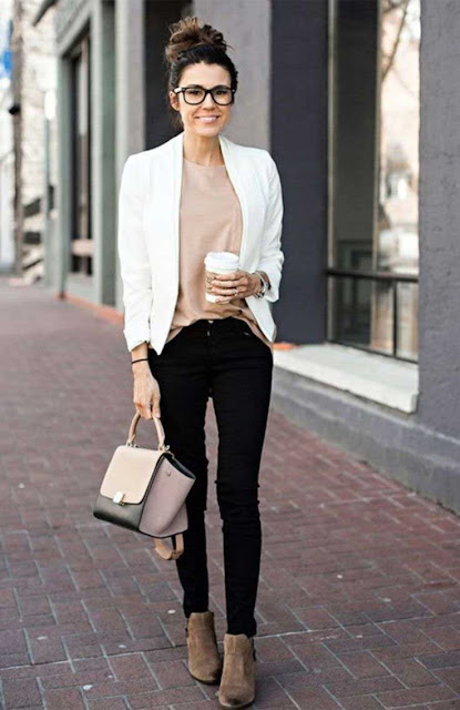 Startup Casual : job interview outfits for women