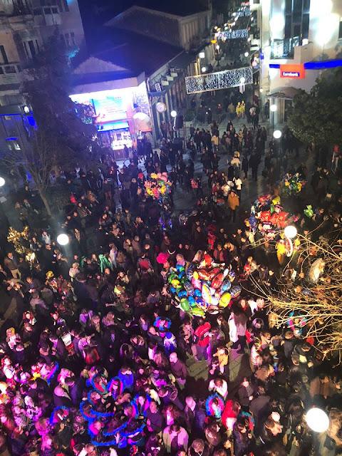 Άρτα: Πλήθος Κόσμου Και Εκατοντάδες Συμμετοχές Στο Καρναβάλι Γυναικών Άρτας