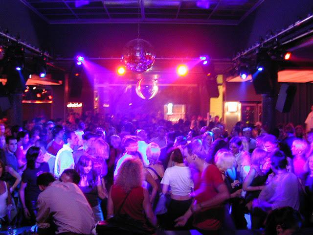 Club 33, Santorini