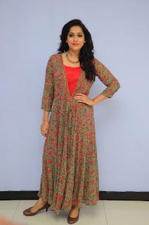 Reshmi Goutham new sizzling pics 003.jpg