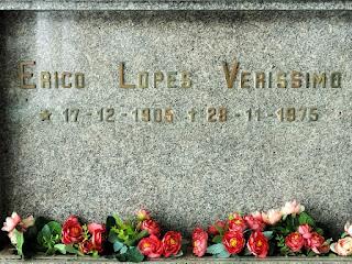 Érico Lopes Veríssimo - Cemitério São Miguel e Almas