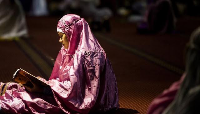 Jadikan Al Qur`an Sebagai Petunjuk Maka Ayat-ayat Al Qur`an Yang Akan Menjawab Apapun Keluhanmu Dan Masalahmu