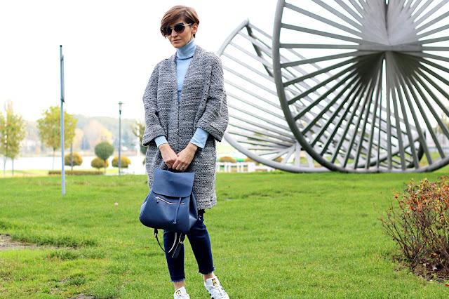 zimowy płaszcz, zimowa stylizacja, adidas superstar, stylizacja z plecakiem, pastele zimą, zimowa stylizacja, aryton, puccini, blog po 30 tce