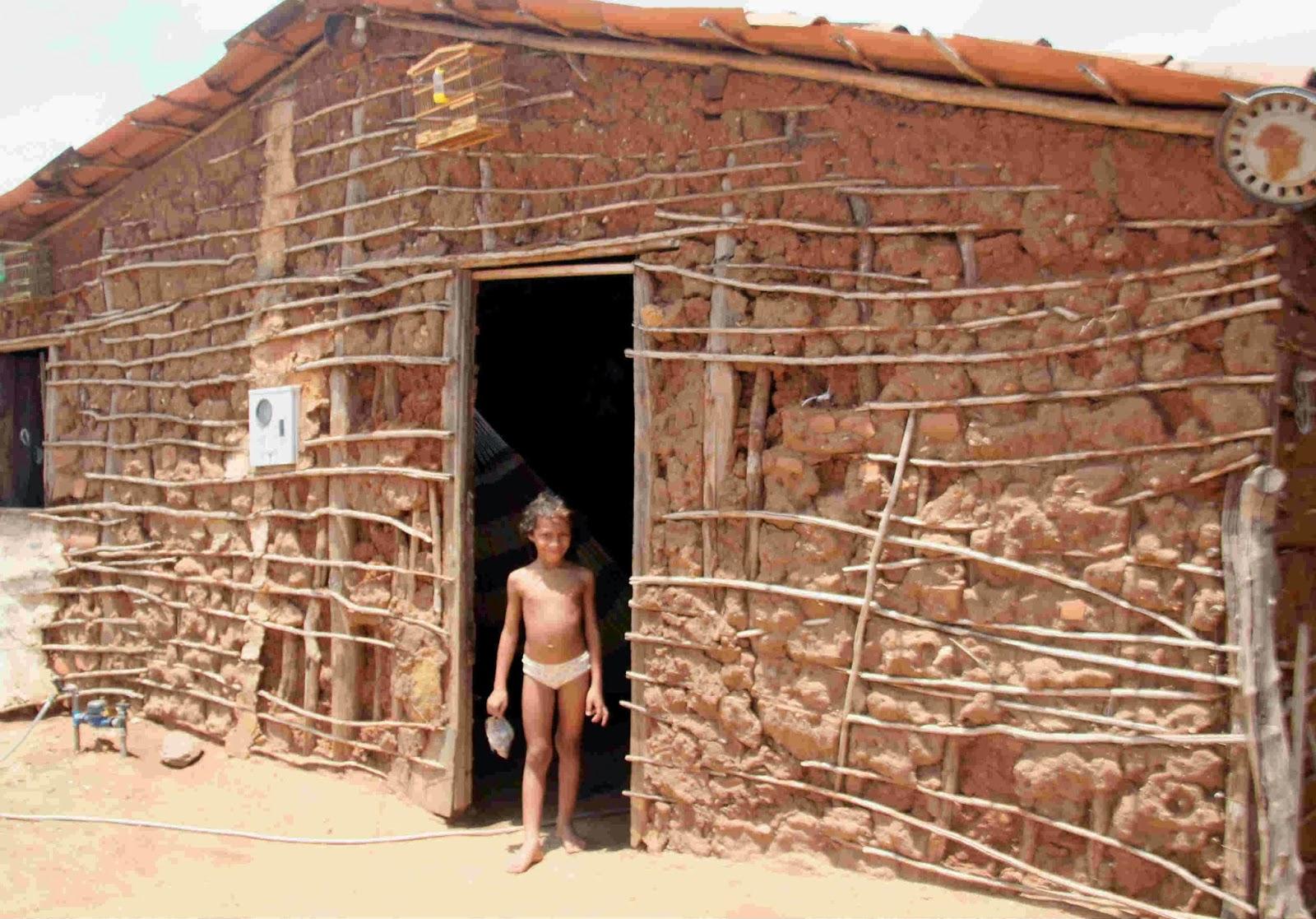 Excepcional E os projetos para erradicação das casas de pau a pique em Apodi? UA62