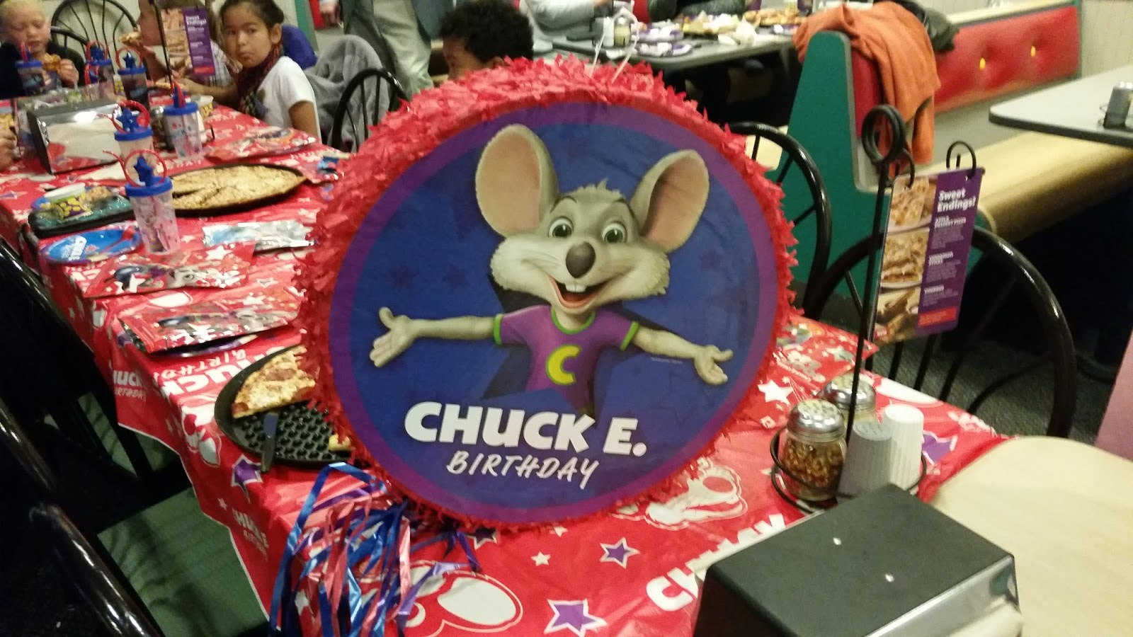 Chuck E Cheese: Celebrating At Chuck E. Cheese's
