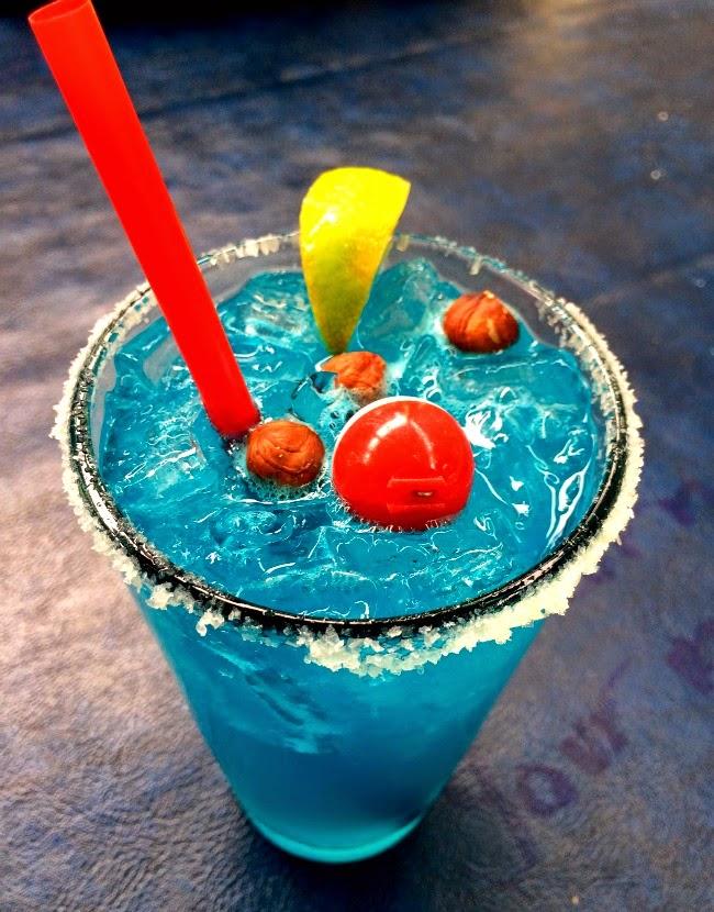 #lakelife #summer #bluebobbinmargs #margaritas #bloglife #planners #erincondrenplanner #jobinterview #legendary #legendairy