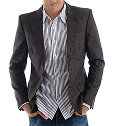 C H E L S E A  Jeans or Dress Pants  What s Best to Wear on Your ... 3b45faea05a6