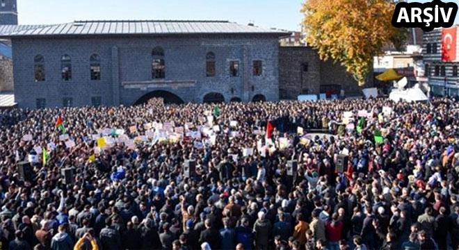 Fransa'daki Kur'an düşmanlığı Diyarbakır'da tel'in edilecek