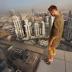 Sport Extrême: Il défie les gratte-ciel de Dubaï en hoverboard (vidéo)