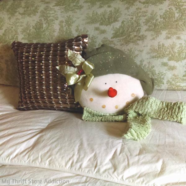 Snow lady pillow