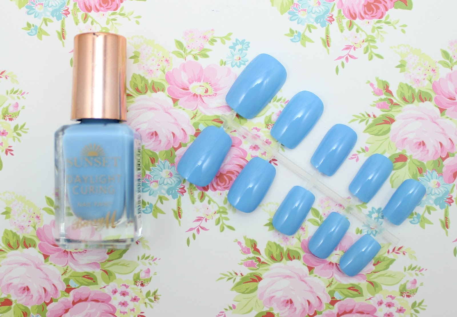 Barry M Nail Paint Bug a Blue review