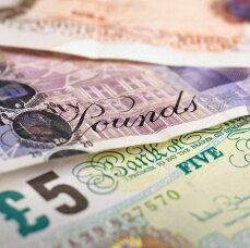 UK Pound Higher Against Greenback, Aussie