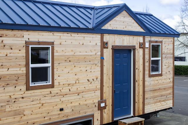 Pioneer tiny house - Tiny Heirloom