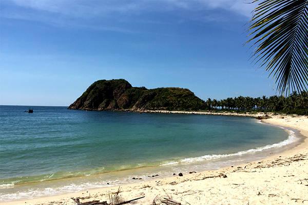 Xe hợp đồng Phú Yên - Bãi Rạng như thiên đường của trời biển