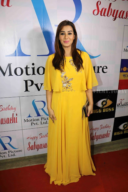 Shilpa Shinde Picture In Yellow Dress At Sabyasachi Satpathy Birthday Bash