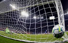 O plural de gol é gols, goles, gois, golos?