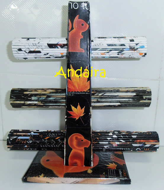 Organizador de pulseras hechos con rollitos de papel