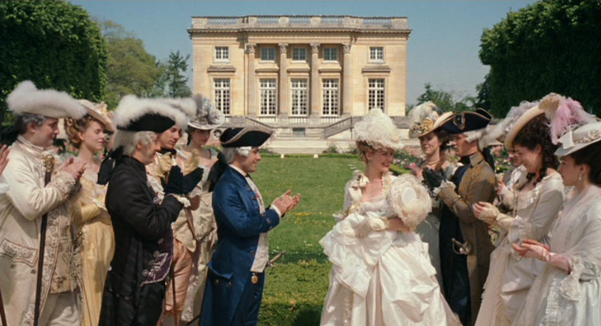 The Little White House On The Seaside: Voir Versailles Et Survivre