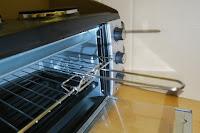 Ofen mit gitter und Griff: Andrew James – 23 Liter Mini Ofen und Grill mit 2 Kochplatten in Schwarz – 2900 Watt – 2 Jahre Garantie