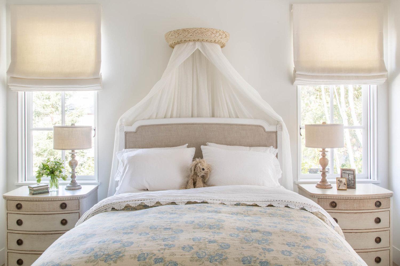 Beautiful modern farmhouse style bedroom inspiration (Giannetti Home) on Hello Lovely Studio
