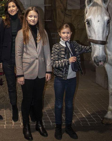 Crown Princess Mary, Prince Christian, Princess Isabella, Prince Vincent and Princess Josephine decorated 2019 Christmas tree