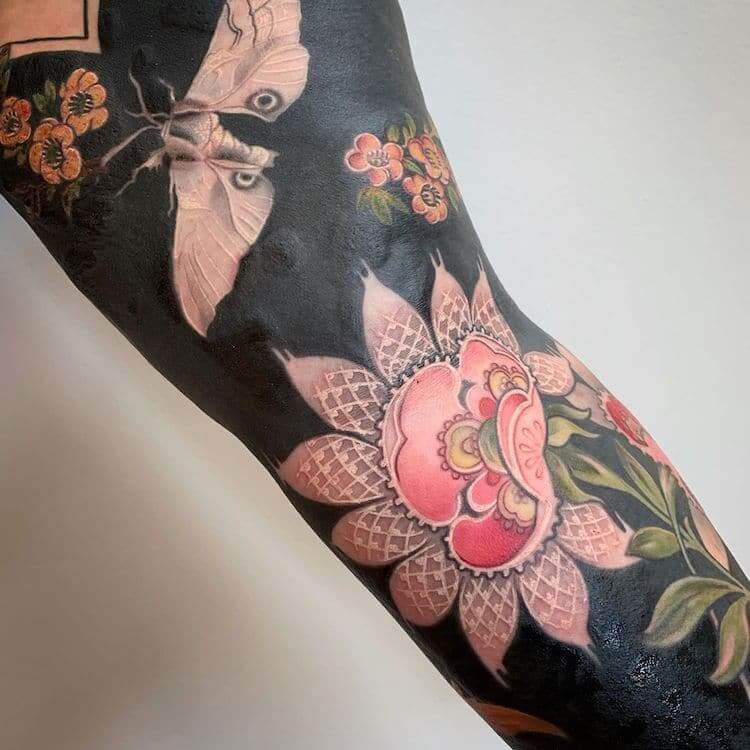 Stunning Flower Tattoos With Black Backgrounds Transform Arms And Legs Into Beautiful Artworks