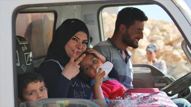 Refugiados sirios en El Líbano vuelven a sus hogares
