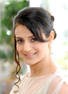Ameesha Patel, Biography, Profile, Biodata, Family , Husband, Son, Daughter, Father, Mother, Children, Marriage Photos.