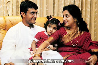 Sourav  Ganguly and his wife  are in good moment.