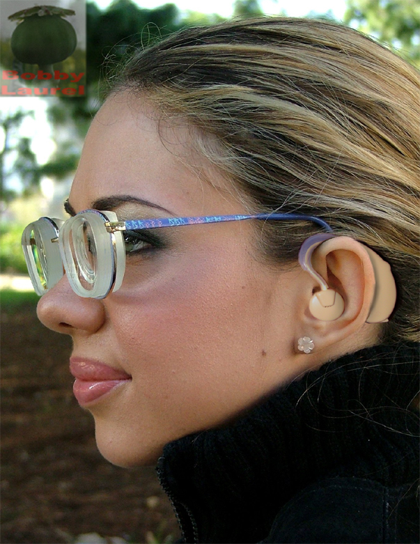 She Wears It Well Bbc News Presenter Ellie Crisell On: Glasses Stories And Morphs: Thick Glasses And Hearing Aids