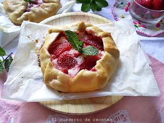 Mini galettes de fresas y queso