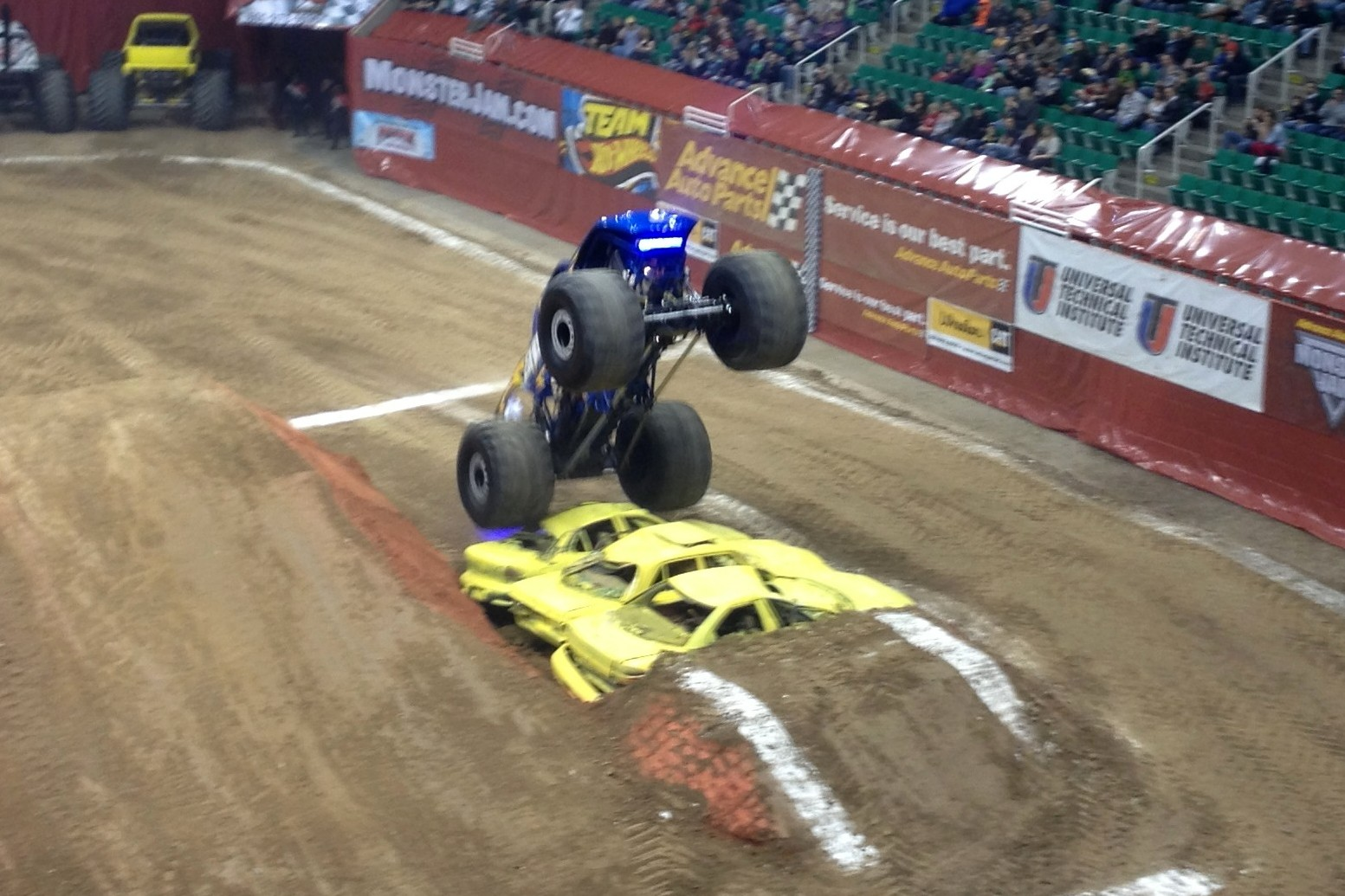 Mar 23,  · monster jam®, monster jam world finals®, triple threat series™, united states hot rod association®, ushra®, afterburner®, backwards bob®, blue thunder®, captain's curse®, crusader®, dragon's breath®, earthshaker™, el diablo®, el toro loco®, grave digger®, grave digger the legend®, grinder®,maximum destruction®, max-d.