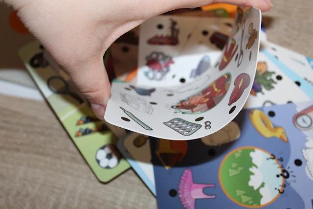 carte de jeu pour enfant