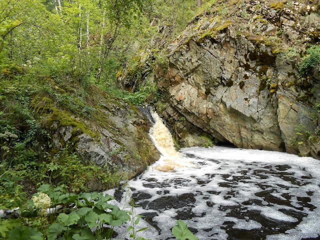 Ольгин водопад на реке Межовка
