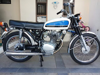 Jual Motor Klasik CB100 K2 a.k.a CB Gelatik..
