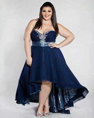 vestido largo azul elegante gordita