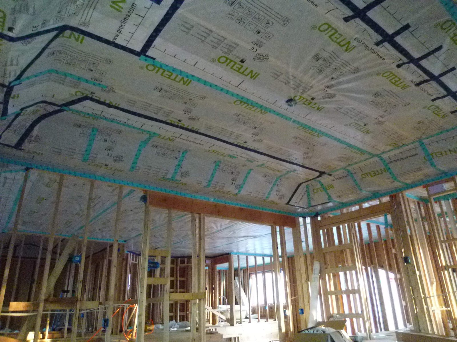 Extremely Airtight Passive House Construction
