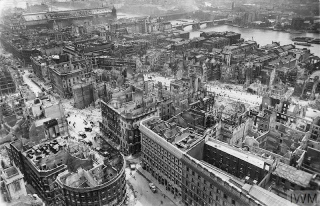 City of London bomb damage 22 May 1941 worldwartwo.filminspector.com
